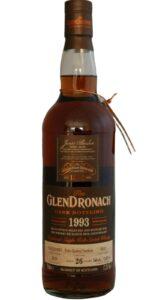 Eine Flasche Glendronach 1993 aus Fass 8933